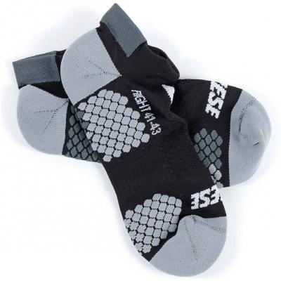 DAINESE kotníkové ponožky D-CORE black/anthracite